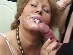 Mature plump woman fucked by younger guy 10